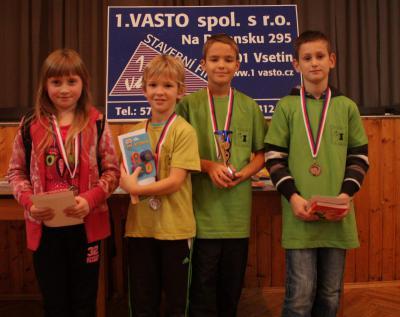 Medailisté v kategorii do 10ti let (Ondra vpravo) ZDROJ: VSKM