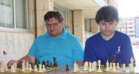 David a Vladislav na simultánce