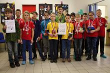 1. místo ZŠ Valaššská Polanka, 2. ZŠ Integra Vsetín A, 3.  ZŠ Integra Vsetín B (foto J. Kovařík)